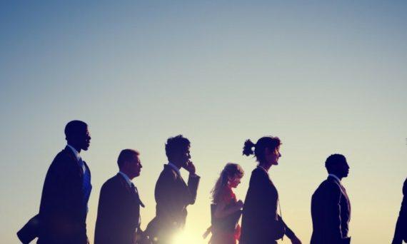 mujeres-directivas-y-emprendedoras-en-la-era-digital